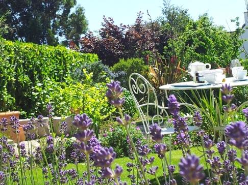 Prix des chambres chambre d 39 hote maison d 39 hotes de charme entre paimpol et brehat les - Petit jardin de charme tourcoing ...